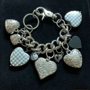Electic Bracelet with Large Silver/Black Hearts